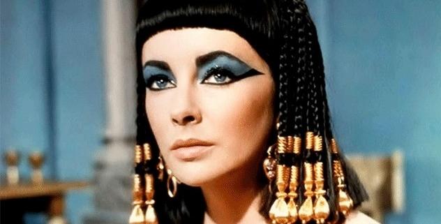 Aldatılan Kleopatra'nın Aşk Acısı ve Söylediği Şiir gibi Şarkı