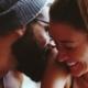 Bir Erkeğin 'Seni Seviyorum' Demekten Başka Sevgisini Gösterebileceği 5 İçten Davranış