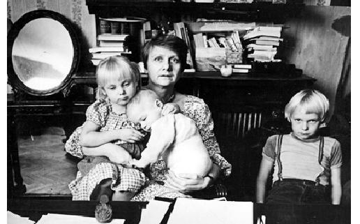Rus Kadın Yazar Lyudmila Petruşevskaya'nın Hayatı
