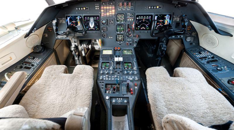Pilot Koltukları Neden Koyun Postu ile Kaplıdır? İşte Bilinmeyen 5 Neden